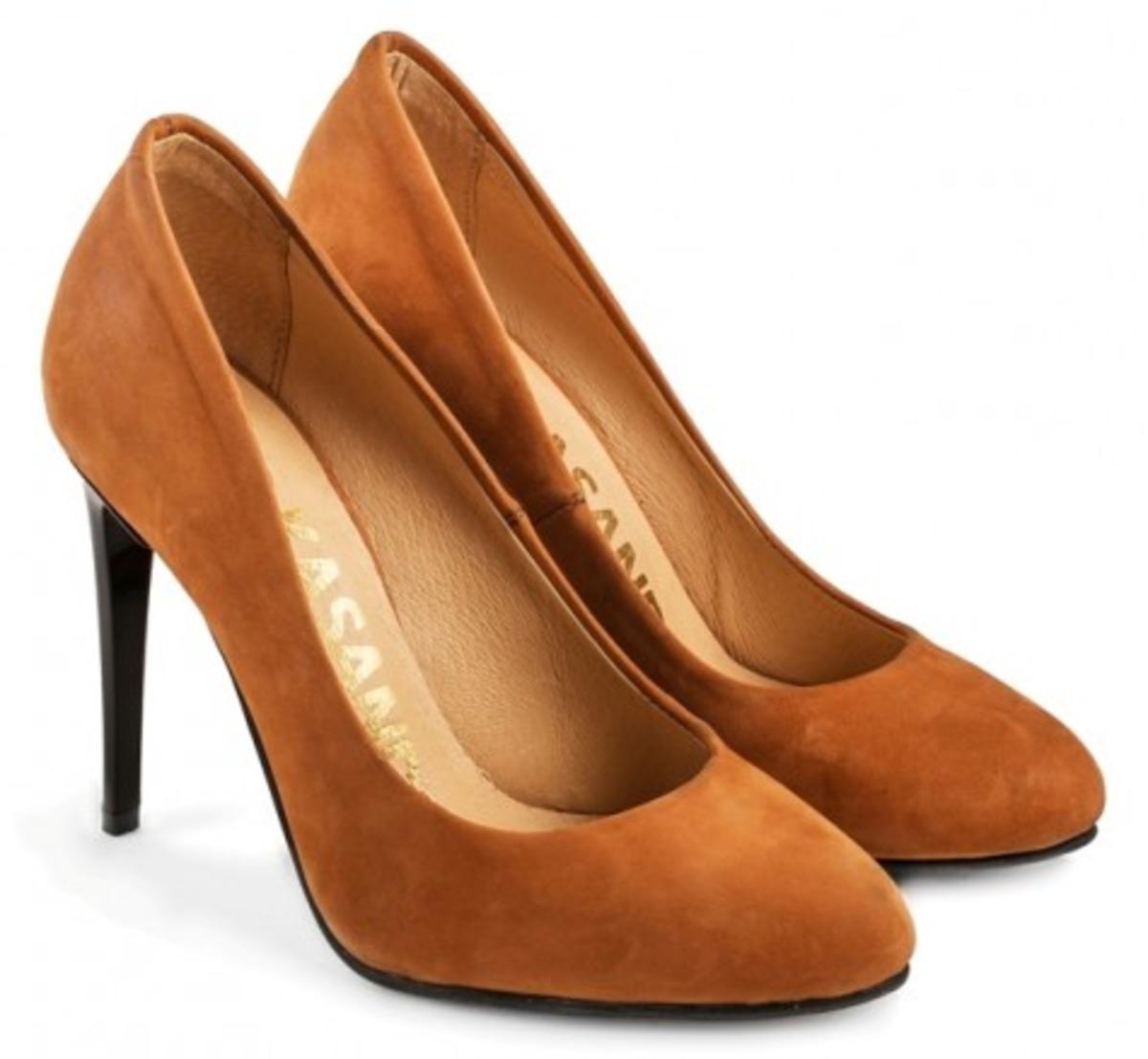 TM KASANDRA - український виробник жіночого повсякденного та модельного  взуття 9df16b2e39d64