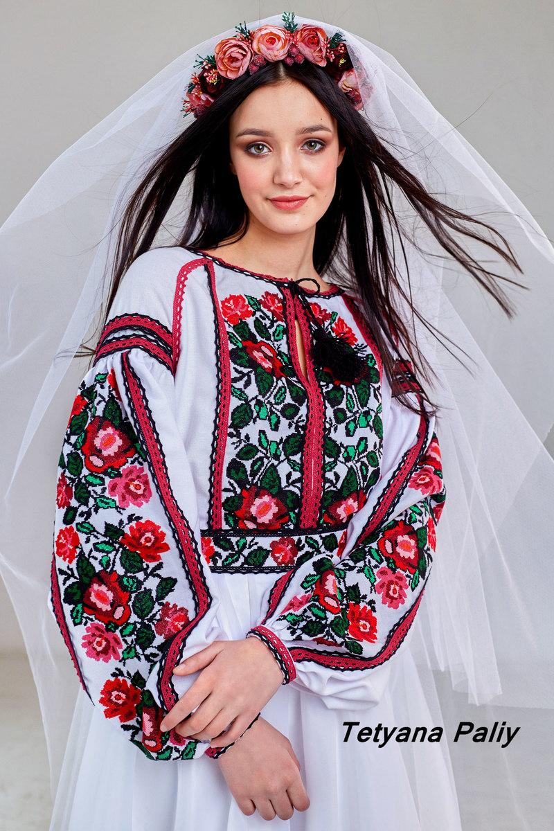 ... Підбірка вишиванок українських брендів 3 3 07357c1f295a7