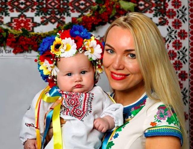 ... Українці в Чикаго провели конкурс на кращу вишиванку 4 6 ... 4bc64a57b8a4e