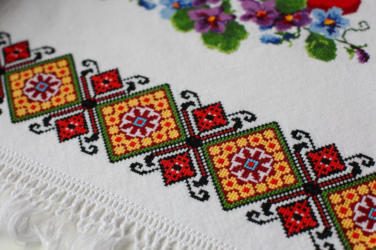 Натуральні тканини і вишивка хрестом. Великодній рушник 447ab7895201e