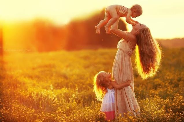 Чи все ми знаємо про день матері?