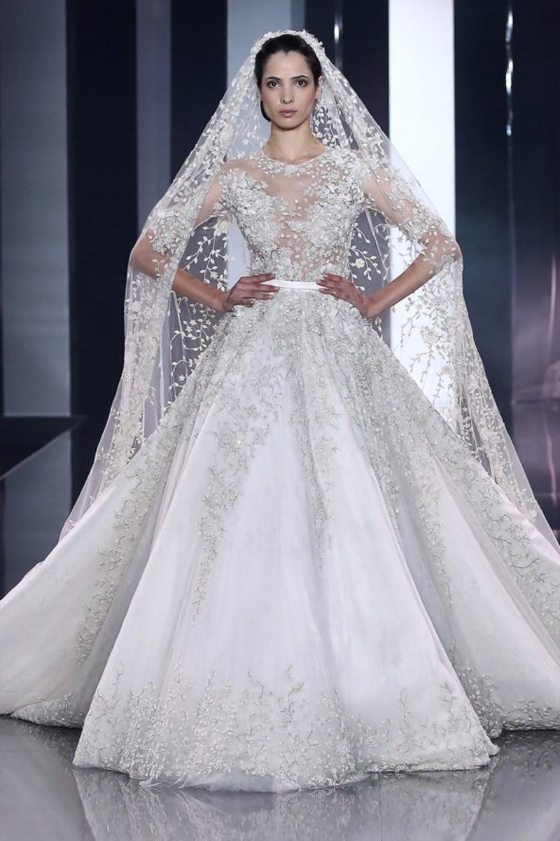 0435e166a0b31f Весільні сукні від відомих дизайнерів 2014