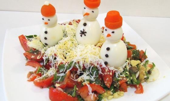 салат сніговик на Новий рік