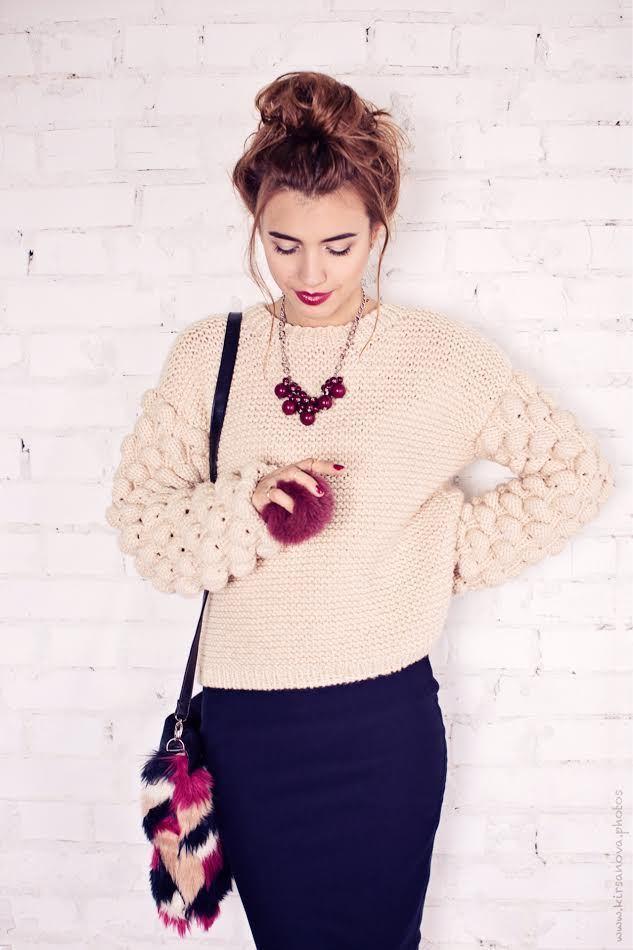 a2a293f20af61c М'які светри, яскраві кардигани, практичні костюми та найрізноманітніші  сукні - так команда бренду доводить, що в'язаними можуть бути не тільки  шарфи та ...