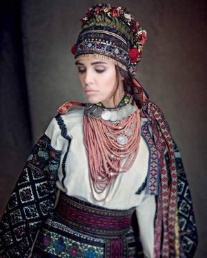 Український народний костюм  історія f9a5aa20bb6a3