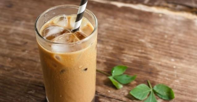 кавовий коктейль з морозивом