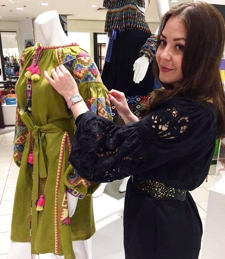 ... Українский бренд Foberini представлено у Вашингтонському Macy`s 2 3 ... 91a9039f18074