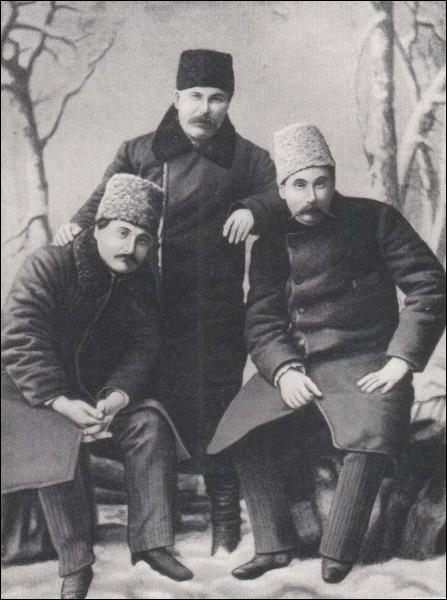 Карпо Тобілевич: Коротка біографія: http://www.uamodna.com/articles/karpo-tobilevych/
