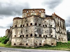 Меджибізький замок фото