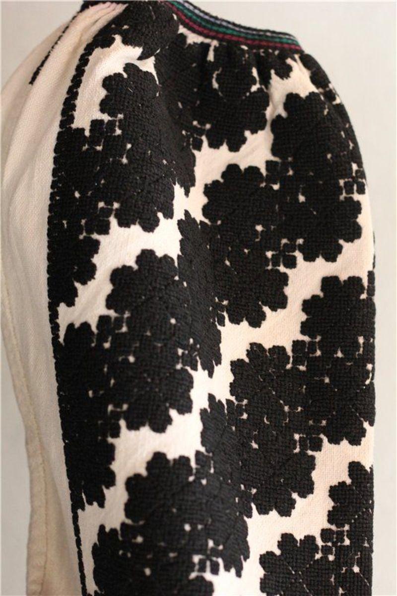 ... борщівська вишиванка - чорні нитки ... d24f94f829468