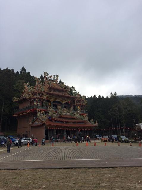 Гора Алі, храм