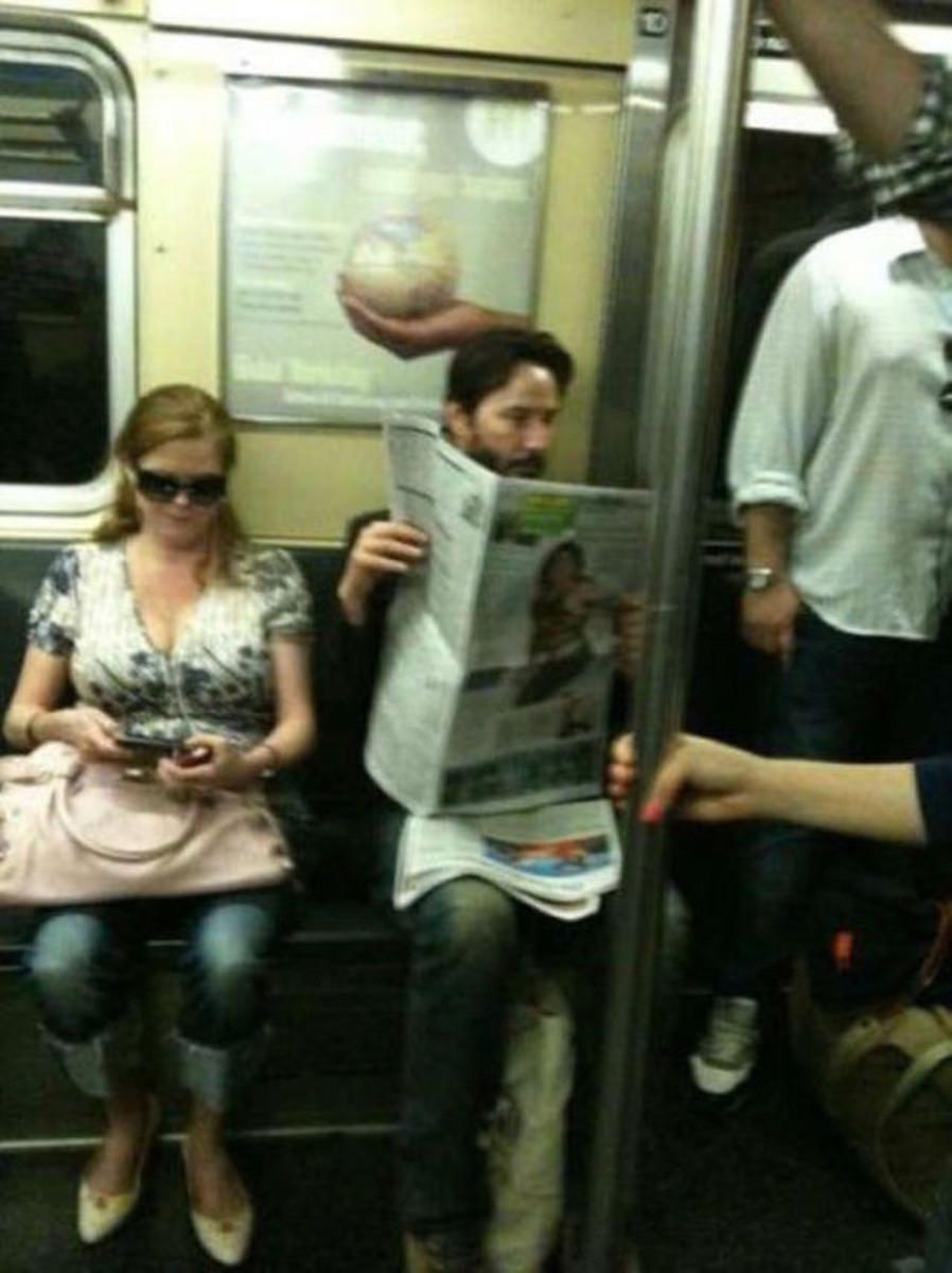 Рачком в метро 12 фотография