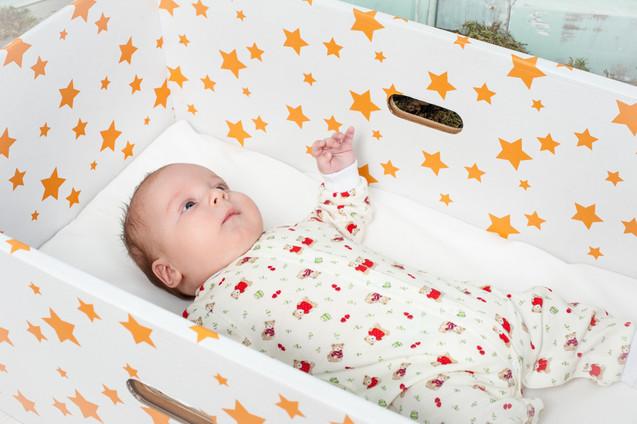 українська коробка для новонароджених