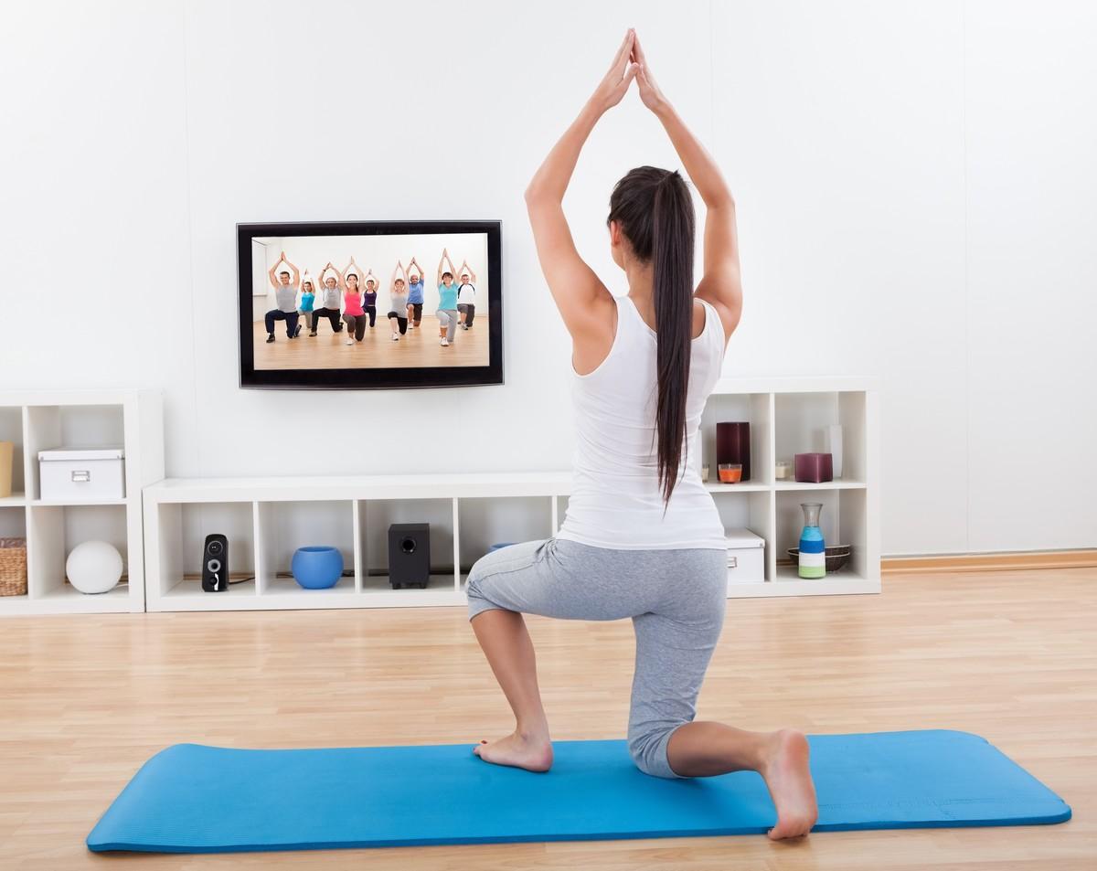 Йога для начинающих в домашних условиях онлайн