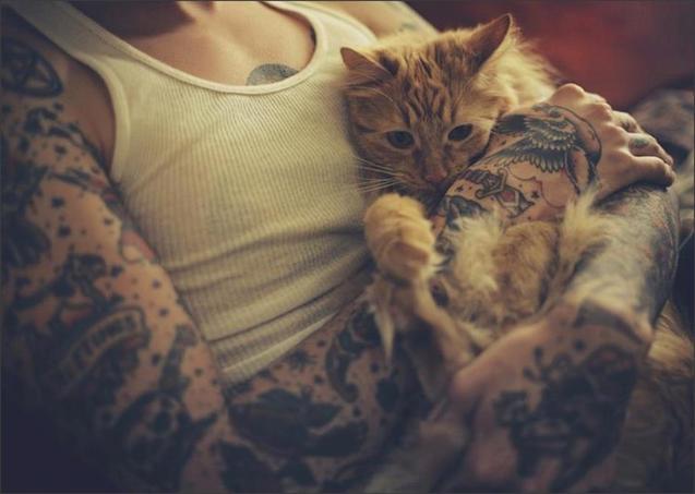 Будь хто з татуюваннями може