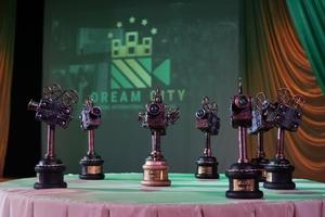 В громадах рівненської області проходять покази фільмів міжнародного кінофестивалю