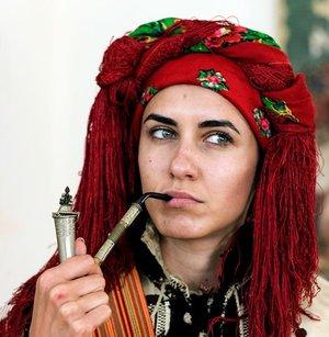 Гуцульське жіноче народне вбрання початку ХХ століття