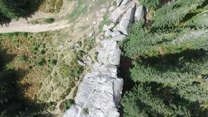 П'ять неймовірних місць для подорожі Карпатами