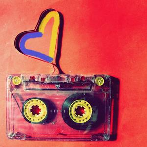 Слухай Українське: Ностальгія за Музикою 90-х