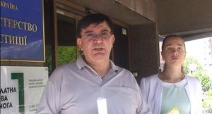 Правозащитник Эдуард Багиров показал журналистам секретный «бункер» Минюста (ВИДЕО)