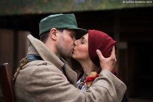 6 липня весь світ відзначає день поцілунків