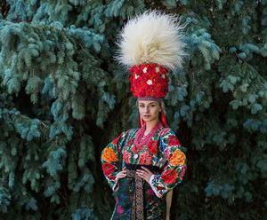 Міс Українська Канада вразила мережу весільним образом