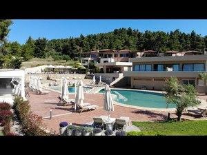 Відкрийте для себе дивовижне місце відпочинку в Греції. Огляд готелю Elani Bay Resort
