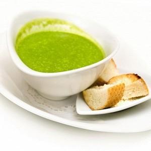 ПІСНІ СМАКОЛИКИ: Гороховий крем-суп з цибулею-порей та крутонами