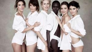 5 блузок, які повинні бути в гардеробі кожної жінки