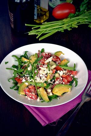 Салат с брынзой и тунцом