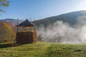 Осінній ранок в гірському селі