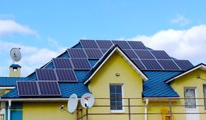 За неповний 2017 рік понад 1200 домогосподарств в Україні перейшли на сонячну електроенергію