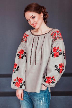 Українська вишивка — оберіг чи прикраса?