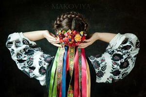 Український костюм: Традиція та модна течія