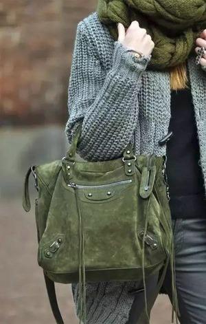 Як правильно підібрати жіночу сумку до гардеробу