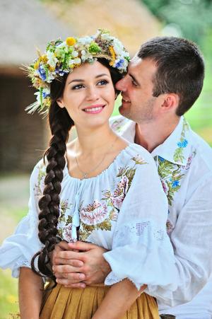 Весільне вбрання в українському стилі від ТМ Синій льон