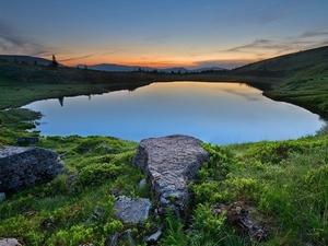 Топ-10 наймальовничіших озер України, які вразять вас своєю красою