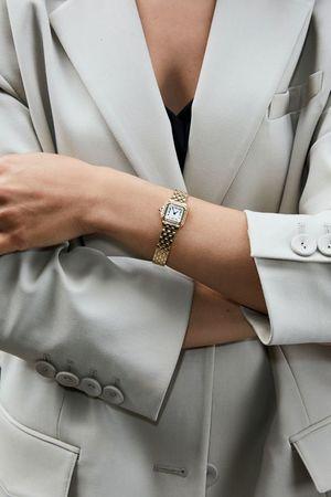 Наручний годинник як цікава практична ідея для подарунку