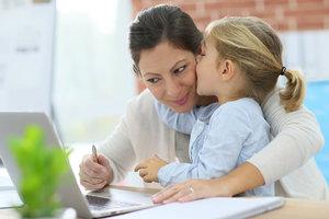 У вас маленька дитина? Ви можете бути продуктивним, працюючи вдома!
