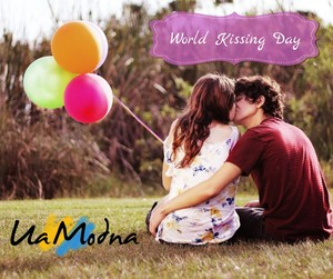 World Kissing Day