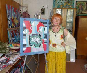 Оленка Бурдаш - художниця, яка малює любов