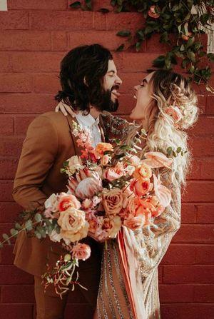 Традиційні шаленства: весільні обряди, які вас шокують