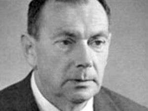 Євген Маланюк: Малорос - це людина, яка капітулює ще до початку битви