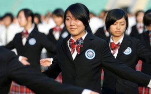 Cтарша школа у Китаї. Один день у школі пекла