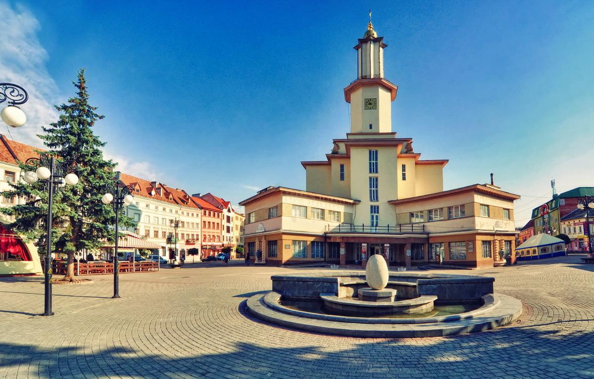ТОП-10 музеїв Прикарпаття: підпільна штаб-квартира та церква, де молилась Роксолана (фоторепортаж)