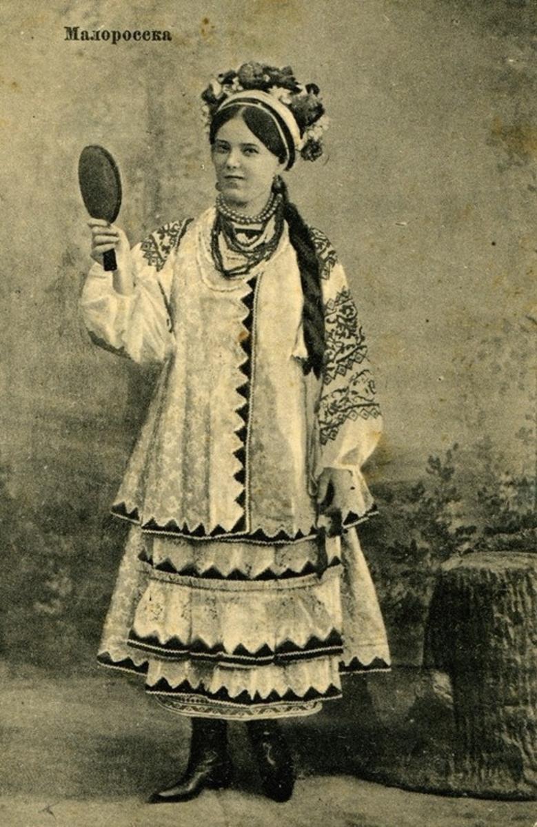 Фото українок у вінку 11 фотография