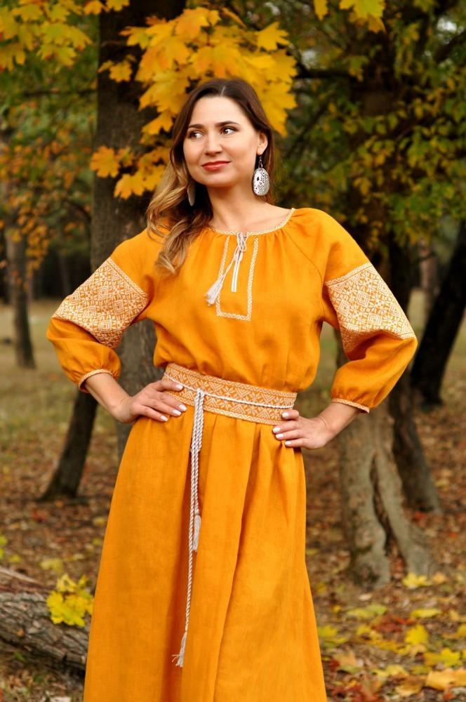 Купити сімейний набір  вишиванка чоловіча і жіноча вишита сукня від ... dbf318e480244